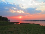 Sunrise over the Zambezi, Mvuu Lodge